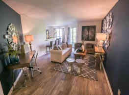 The Residence At Christopher Wren Apartments - Gahanna