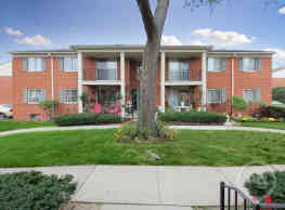 Riverstone Apartment Homes - Southfield