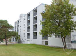 Park Plaza Apartments - Saint Cloud