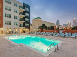 Gateway West Apartments - Charlotte