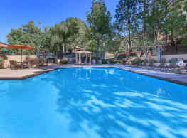 Westridge Apartment Homes - Lake Forest