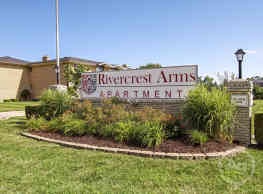 Rivercrest Arms Apartments - Clinton Township