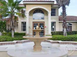 Carolina Club - Daytona Beach