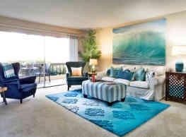 Casa Monterrey Apartment Homes - Huntington Beach
