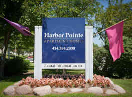 Harbor Pointe Apartment - Milwaukee