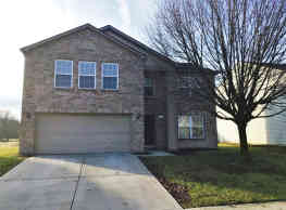 This 3 bedroom 2.5 Bath home has 2124 square feet - Indianapolis
