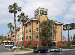 Furnished Studio - Los Angeles - LAX Airport - Los Angeles