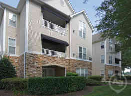 Allerton Place Apartment Homes - Greensboro
