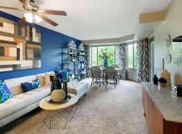 The Burlington Apartments - Saint Paul