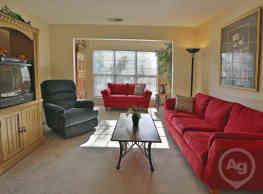 Century Oaks Apartments - Greensboro