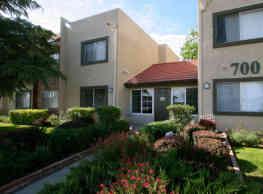 Parkwood Apartments - Lancaster