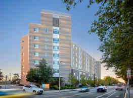 Peninsula Apartments - Boston