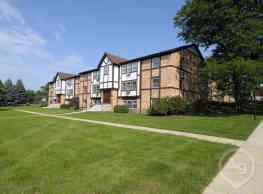 Brighton Square Apartments - Madison
