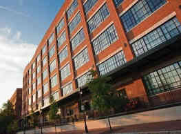 Lucky Strike Lofts - Richmond