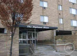 The Diplomat - Akron