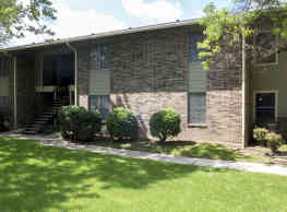 Cedar Trails Apartments - Tyler