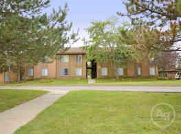 Fox Lane Apartments - Shelby Township