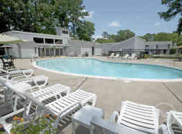 Willow Oaks Townhomes - Hampton