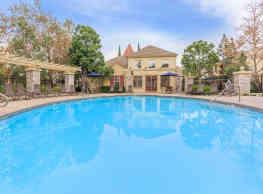 Laurel Terrace Apartment Homes - Ladera Ranch