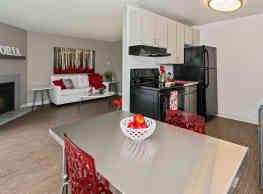 Astoria Apartment Homes - Fife