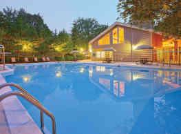Stonecreek Club Apartment Homes - Germantown