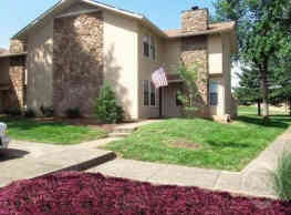 Willow Creek Apartments - Bowling Green