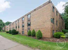 Hawksworth Garden Apartments - Greensburg
