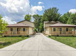 Regency Court Apartments - Bloomington