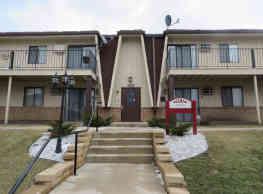 Belmar Apartment Homes - Fitchburg