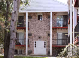 Oak Hill Apartments - Maumee