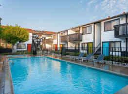 Eastside Apartments - Costa Mesa