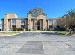 Canyon Point Apartment Homes - San Antonio
