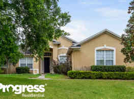 11020 Country Hill Rd - Clermont