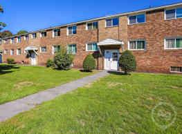 Grant Village Apartments - Syracuse