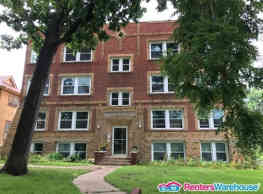 2 Bedroom Apartment. App Fee Waived! - Des Moines