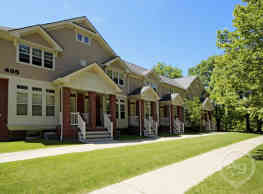 Elmwood Manor Apartments - Rochester