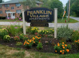 Franklin Village Apartments - Derry