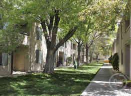 Wellington Place - Albuquerque