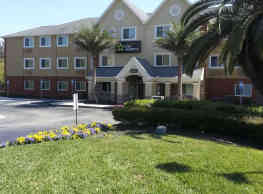 Furnished Studio - Jacksonville - Salisbury Rd. - Southpoint - Jacksonville