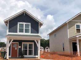 Tiger Towne Farmhouses - Clemson