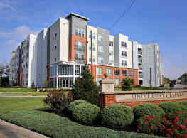 The Clubhouse Apartments - Louisville