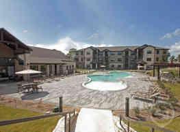 West Creek Apartments - Conroe