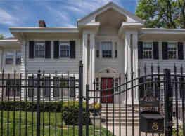 AMAZING Rockhill Estate Home - Kansas City