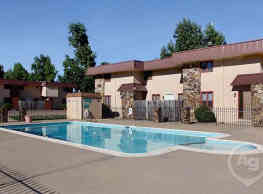 Dryden Place Townhomes - Springfield