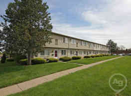 Canton Gardens Apartments - Canton