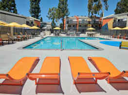 Horizon Apartment homes - Santa Ana
