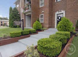 Queens Ridge Apartments - Windsor Mill