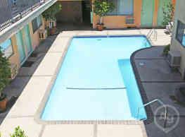 Mar Vista Apartments - Pasadena