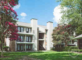 Peppertree Apartments - Lafayette