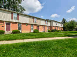 Meadowood Townhomes - Canton